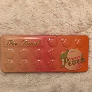 Too faced sweet peach designer eyeshadow palette